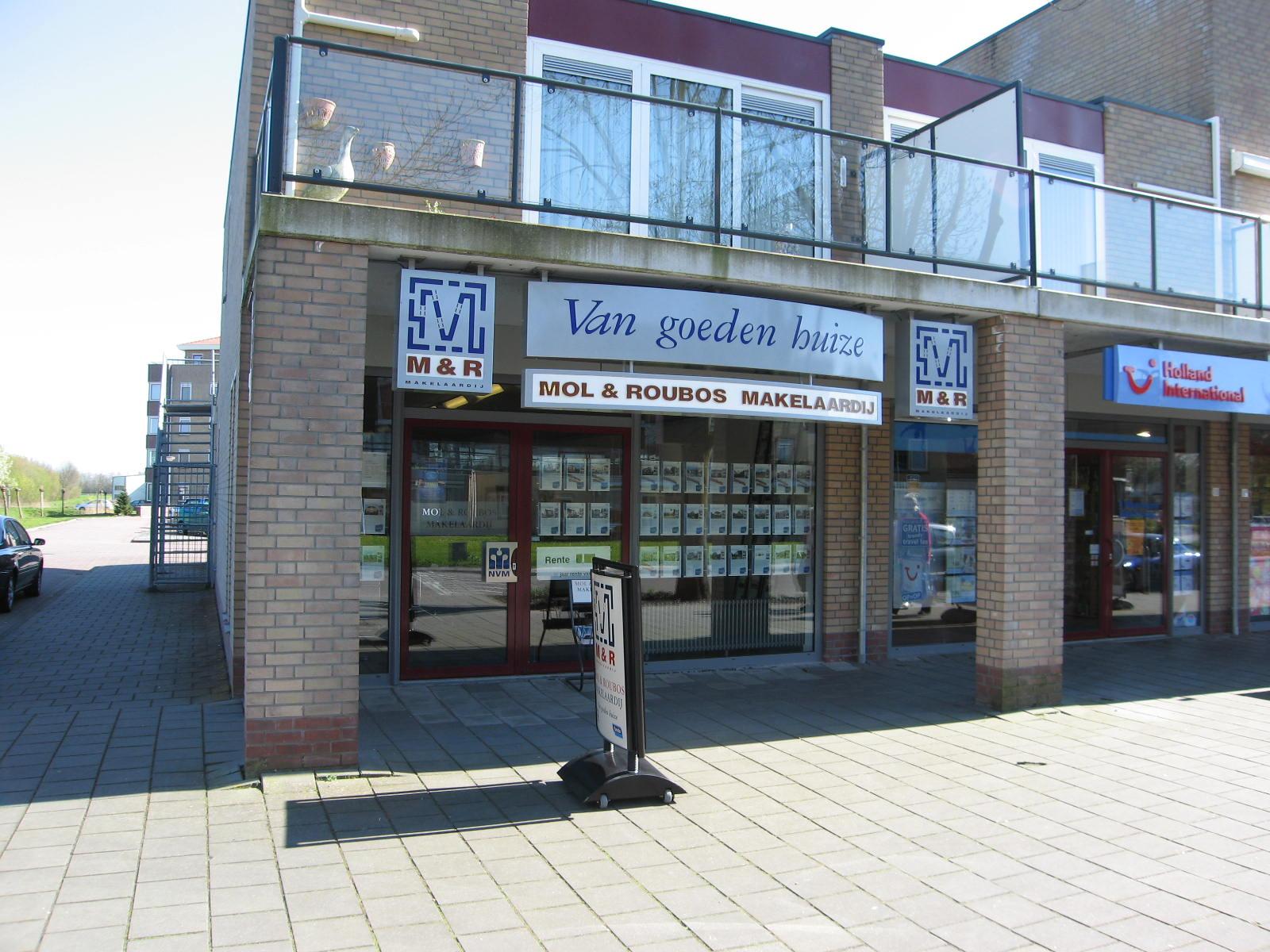 Kantoor Vestiging MOL & ROUBOS MAKELAARDIJ (Woudrichem)