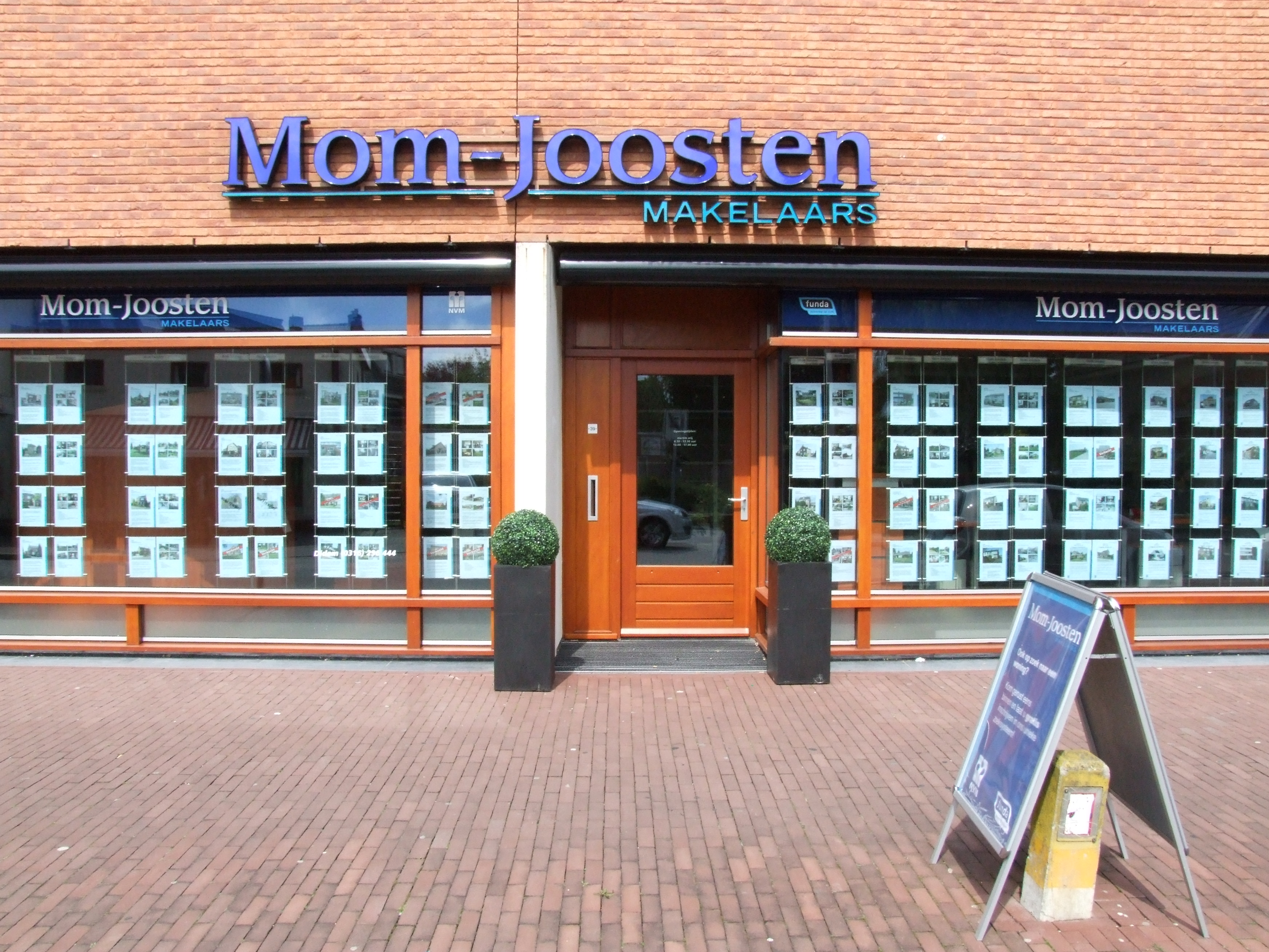 Kantoor Vestiging Mom-Joosten Makelaars