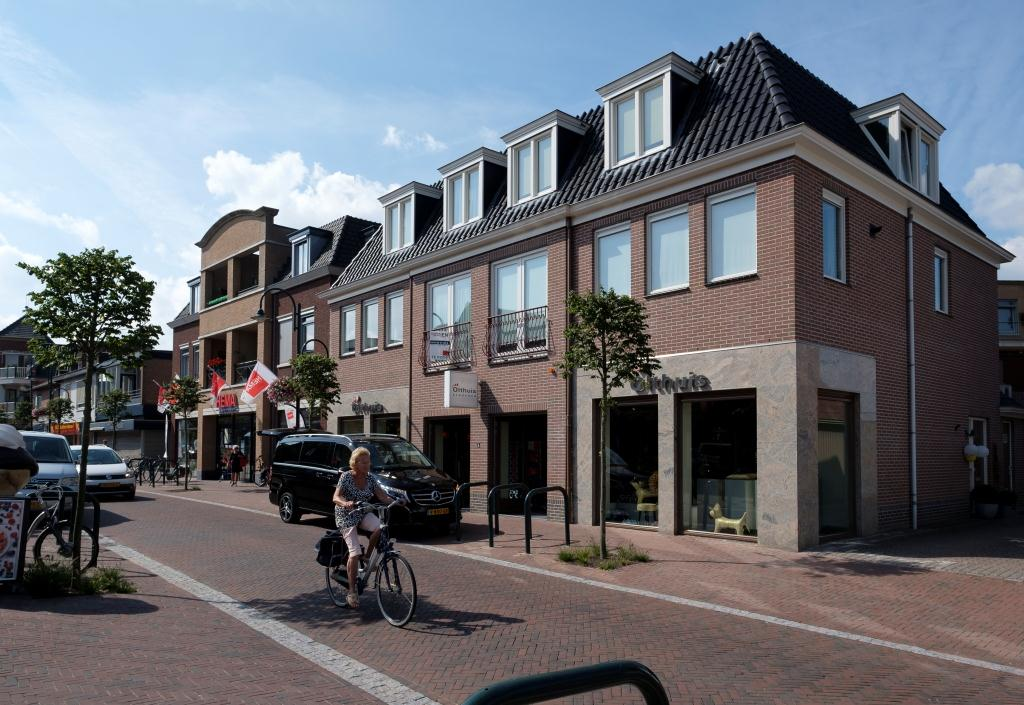 Heerde Schoolstraat appartementen winkels Olthuis