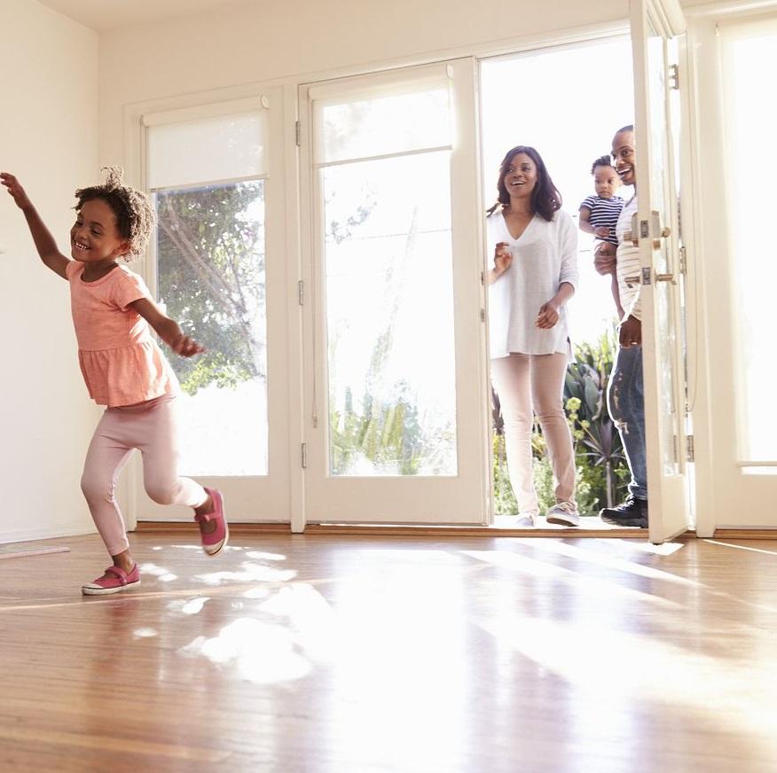 Huis kopen? Aankoopmakelaar helpt je met een woning kopen.