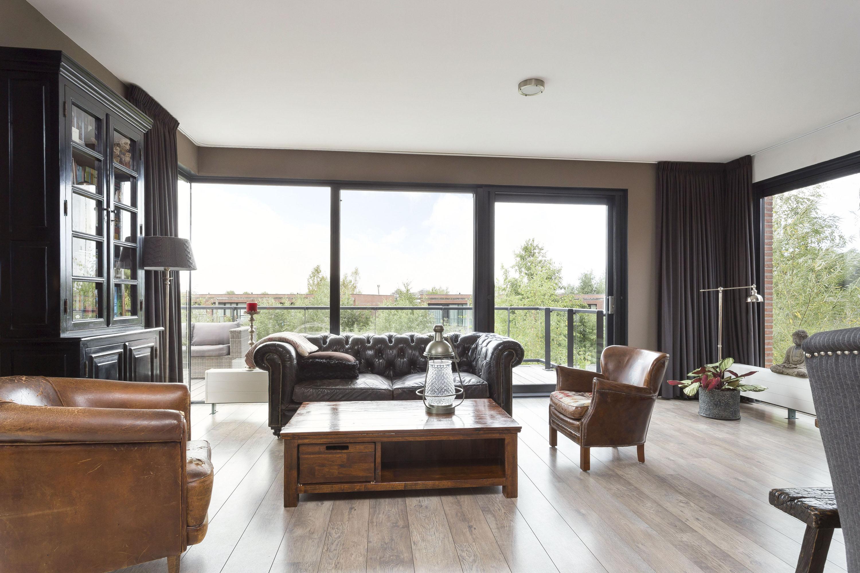 Te koop vrijstaande villa Duinvoet 40 in Lelystad