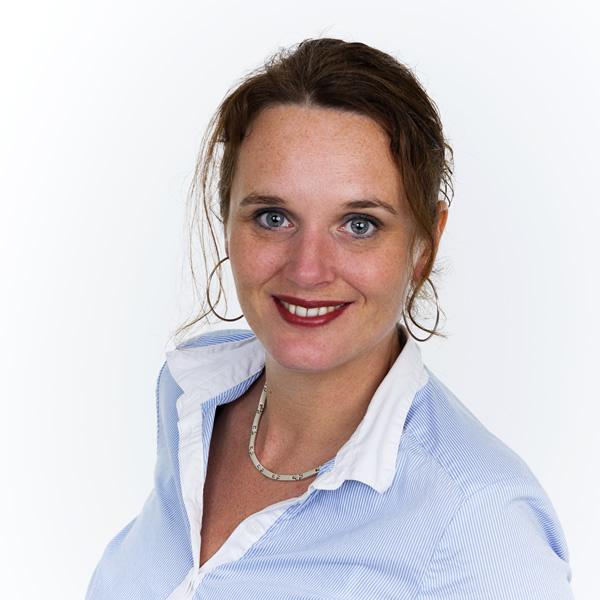 Yvette Westerhof, Westerhof Makelaardij vanuit Akkrum/Nes